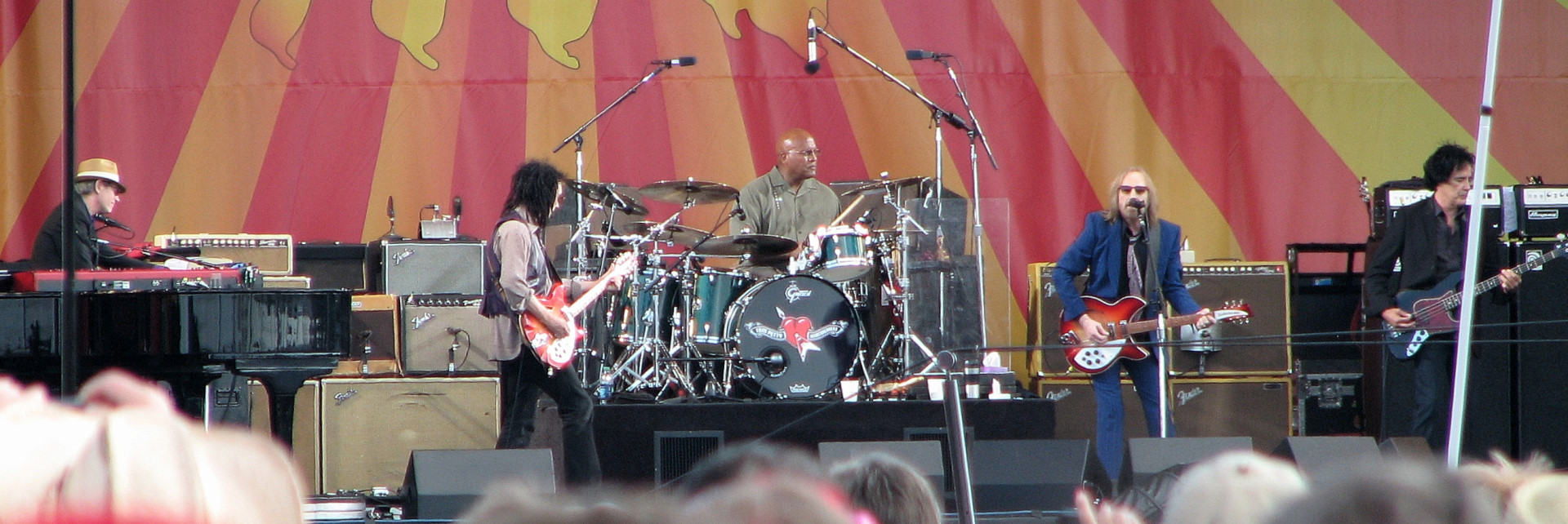Scott Thurston, Mike Campbell, Steve Ferrone, Tom Petty, and Ron Blair