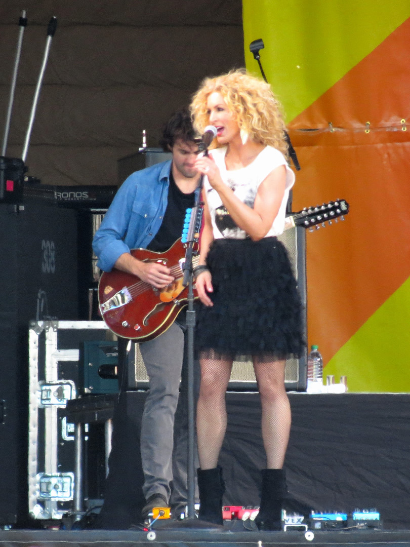 Kimberly Schlapman of Little Big Town