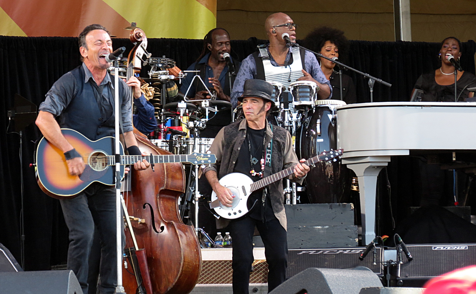 Bruce Springsteen down front with Nils Lofgren