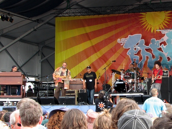 Funky Meters at Jazz Fest 2010