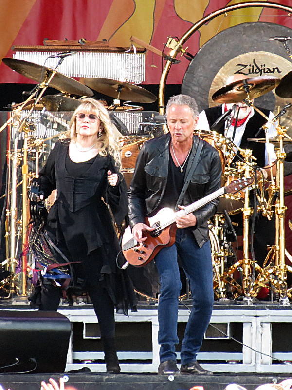 Stevie Nicks & Lindey Buckingham of Fleetwood Mac